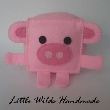 Pig cube